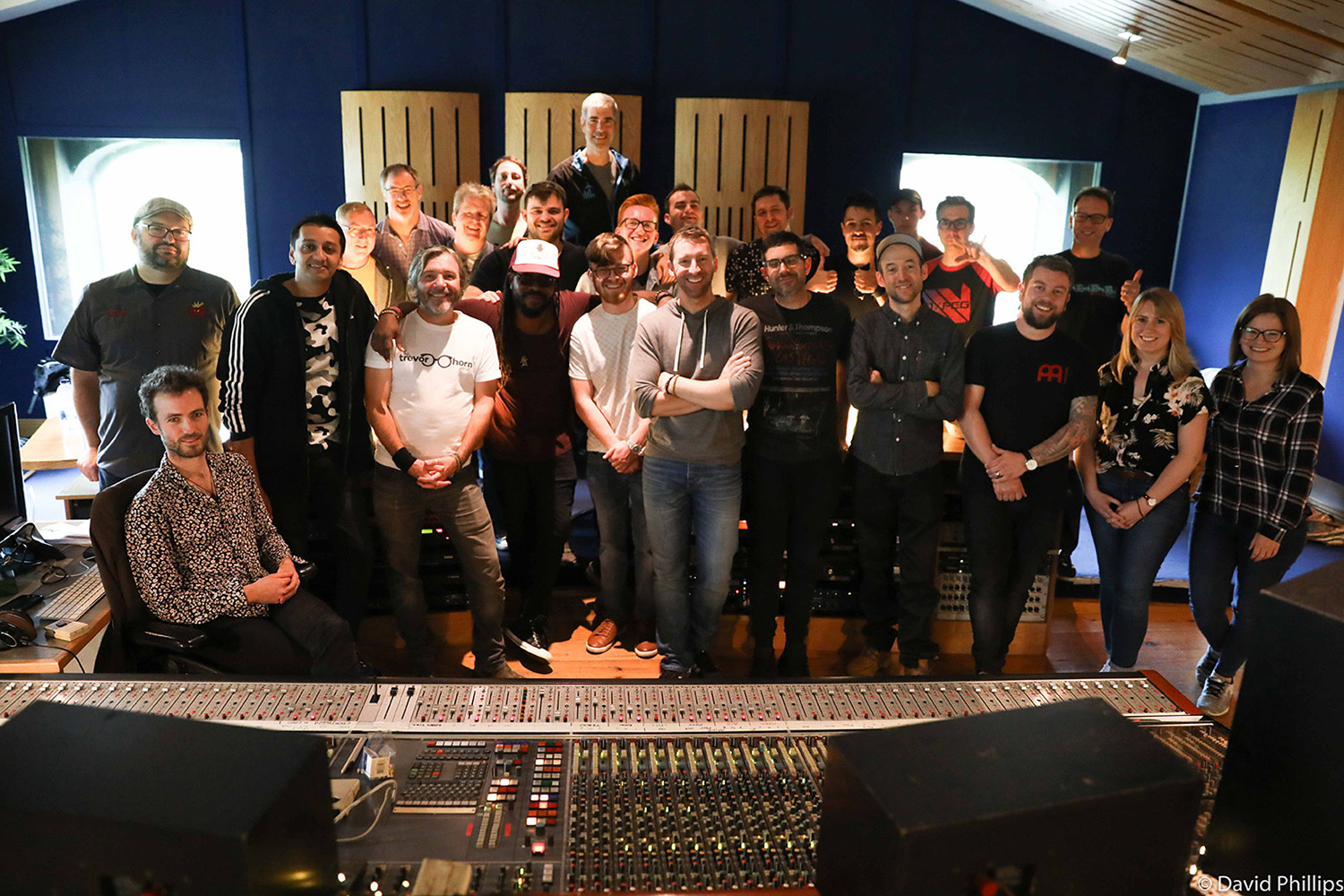 21 Drummers and Turors at Studio
